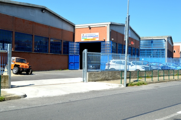 Vista esterna officina Carrozzeria Donnadio Srl